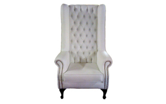 Alfred Wingback