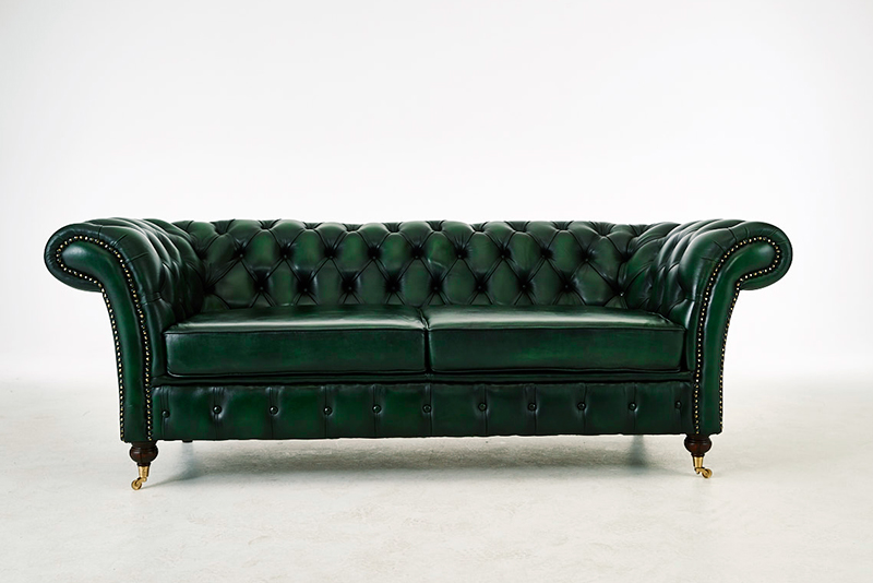 London Chesterfield Sofa B O R N