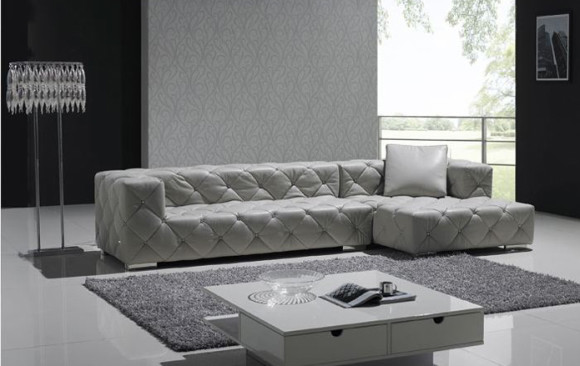 Evanko Modern Couch