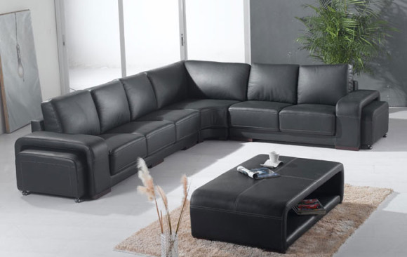 Lucania Modern Couch