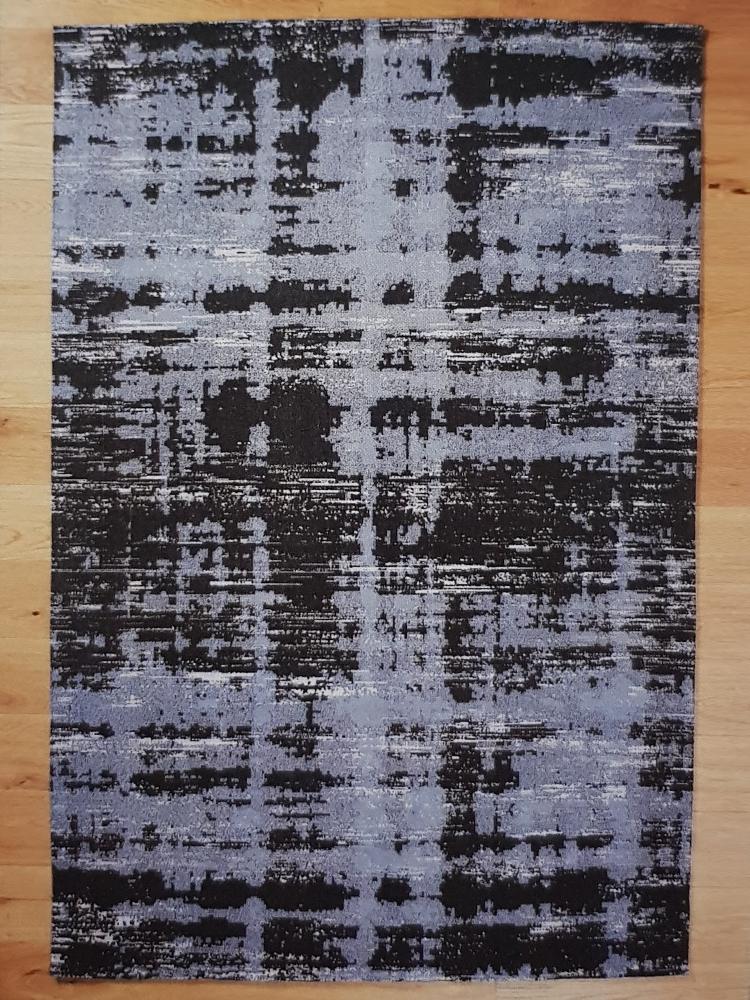Painterly Ivory Black carpet