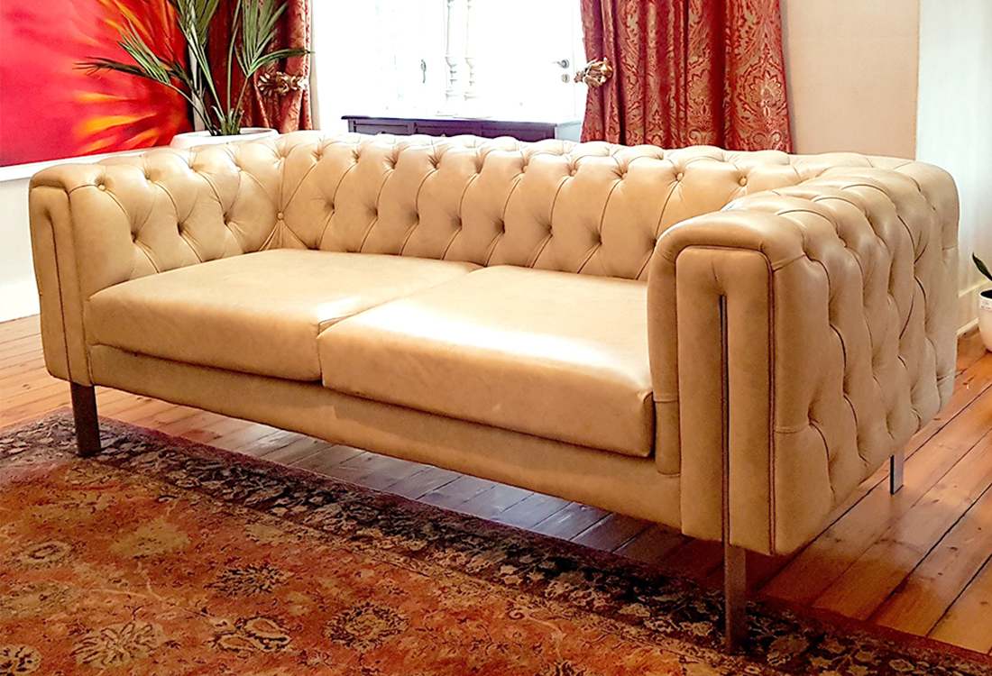 Born Furniture Giftees Contemporary Chesterfield Couch
