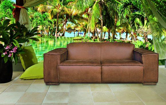 Boston Classic Couch